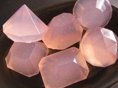 Sabonetes em forma de joias