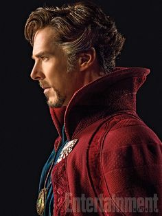 Entertainment weekly gives us our first look at the marvel movie doctor strange, which stars benedict cumberbatch. sporting his doctor strange costume for Marvel Doctor Strange, Films Marvel, Marvel Heroes, Marvel Characters, Marvel Dc, Entertainment Weekly, Marvel Entertainment, Doctor Strange Benedict Cumberbatch, Benedict Sherlock