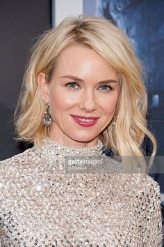 naomi-watts-attends-the-allegiant-new-york-premiere-at-amc-lincoln-picture-id515623588 (681×1024)