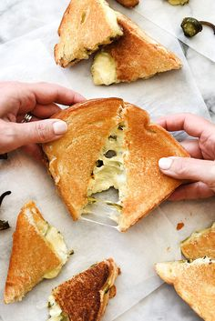 This grilled cheese is like everyone's favorite jalapeño poppers melted between two slices of bread for the ultimate grilled cheese sandwich. | foodiecrush.com