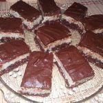 Bounty- prajitura cu nuca de cocos si ciocolata - NoiInBucatarie Tiramisu, Sweets, Ethnic Recipes, Desserts, Food, Pastries, Tailgate Desserts, Deserts, Gummi Candy