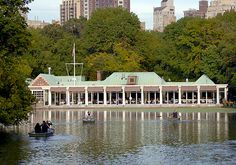The Boathouse restaurants are the only lakeside Manhattan dining choices. Rowboats and gondolas, rock formations, formal gardens and fountains in the foreground, framed by towering trees and skyscrapers make this picturesque place like no other. From the very casual to elegant the Boathouse restaurants are the perfect places to eat, drink and celebrate in New York City.