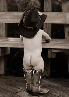 Baby cowboy! First birthday country photo shoot ...Yesi Silva Photography www.yesisilva.com