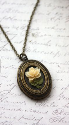 Beautiful oval locket