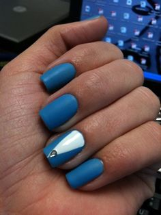 would like this with nude not white  -blue nails