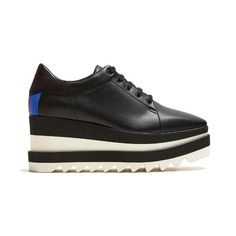 Stella McCartney Sneak-Elyse faux-leather platform trainers (13,280 MXN) ❤ liked on Polyvore featuring shoes, sneakers, black, black sneakers, black wedge heel sneakers, black wedge sneakers, stella mccartney sneakers and wedge heel sneakers