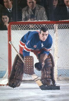 Great Hockey Photos You've Just Seen for the First Time! Rangers Hockey, Ice Hockey Teams, Hockey Goalie, Field Hockey, Hockey Players, Hockey Sport, Hockey Outfits, Hockey Memes, Olympic Games Sports
