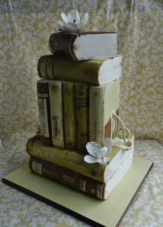 A very literary wedding cake, with Vonnegut, Life of Pi, Wilde, and more.