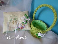 cestino all'uncinetto e cuscino ricamato per matrimonio basket crochet and pillow wedding