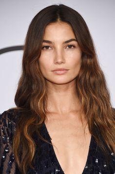 Lily Aldridge at the 2015 CFDA Fashion Awards. http://beautyeditor.ca/2015/08/26/air-dried-hair