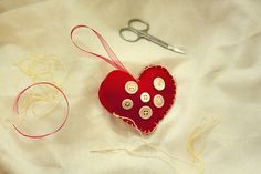 Christmas heart decorations (this was my attempt!)