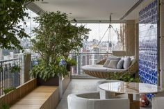 Altan Balcon Ideas Balcony Balcony Bar Balkon Balkong Dekorasyon Sacada D Balcony Bar, Small Balcony Decor, Porch And Balcony, Outdoor Seating, Outdoor Spaces, Outdoor Living, Outdoor Decor, Interior Balcony, Interior And Exterior