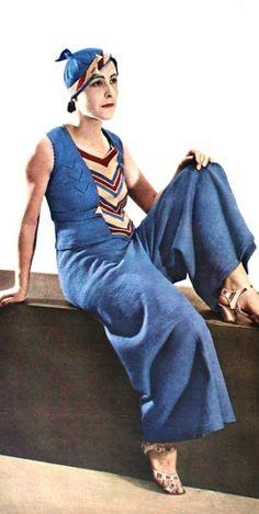 1930s Knit striped topm hat, pants, swimsuit. vintage Beach Wear.  Te Kust en te Keur Knitting Book (Dutch late 30s / early 40s)