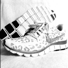 Nike cheetah detailed frees