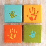 mommy, daddy, kiddies handprints. precious!