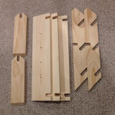 Folding display shelves dowel hinge for shelf woodwork projects pinterest display - Houten buffet recyclen ...
