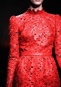 colors inspirations, red, rosso, fashion details, Valentino