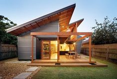 New Exterior Architecture House Timber Cladding Ideas Modern Exterior, Exterior Design, Exterior Colors, Modern Roof Design, Casas Country, Prefabricated Houses, Roof Architecture, Exterior Cladding, Patio Roof