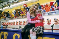 Dakota Fanning shared a sweet tribute to her Uptown Girls costar Brittany Murphy Atlanta, Brittany Murphy, Gym Video, Instagram People, Dakota Fanning, Sport Chic, Celebs, Celebrities, Black Nikes