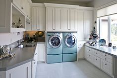 Laundry Photos Design, Pictures, Remodel, Decor and Ideas - page 11