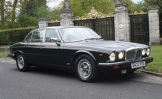 1984 Daimler Double Six Long-Wheelbase Saloon (Queen Elizabeth II's personal car)