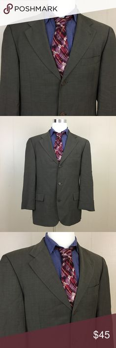 """Hugo Boss Blazer Mens 42r Wool Gray Saks Fifth Ave Brand: Hugo Boss Saks Fifth Ave Detail: 3 Button Blazer Condition: This item is in Good Pre-Owned Condition! There are NO Major Flaws with this item, and is free and clear of any Noticeable Stains, Rips, Tears or Pulls of fabric. Overall This Piece Looks Great & you will love it at a fraction of the price! Material: 100% Wool Size: 42 Reg Measurements: Length: 31"""" Chest: 46"""" Waist: 42"""" Sleeve: 24"""" Shoulder: 20"""" 💥Top Rated Seller 💥Top 10%…"""