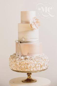 Marble Effect and Ruffles Wedding Cake by Mama Cakes Cumbria Creative Wedding Cakes, Amazing Wedding Cakes, Fall Wedding Cakes, Wedding Cakes With Flowers, Wedding Cake Designs, Wedding Cake Toppers, Amazing Cakes, Cumbria, Cake Trends