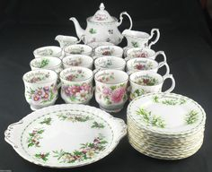 Royal Albert Flowers of The Month Vintage Pieces | eBay