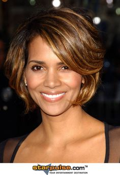 Halle Berry Pictures & Photos