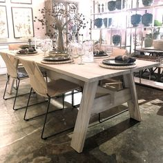 Vista Dining Table Cream Dining Room, Dining Room Table, Dining Rooms, Expansion Joint, Wooden Furniture, Outdoor Dining, The Expanse, Teak, Indoor
