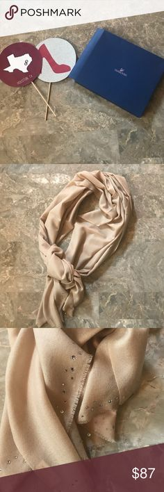 New in Box! Swarovski Cash-wool Scarf ✨✨✨ In great condition brand new never been worn scarf  Great for the office or formal events  Includes box  No trades  Will consider reasonable offers Swarovski Accessories Scarves & Wraps
