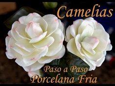 Flores Porcelana fria: Camelias Paso a paso, via YouTube.