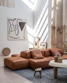 3 - – A mix of mid-century modern bohemian and industrial interior style. Home and apartment decor d - My Living Room, Living Spaces, Home Interior Design, Interior Architecture, Design Interiors, Living Divani, Decoration Ikea, Living Vintage, Mediterranean Decor