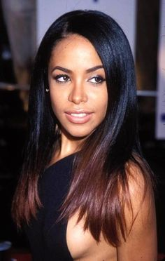 Aaliyah did the Ombre look first. She didn't have a weave but it was still a killa. R.I.P.