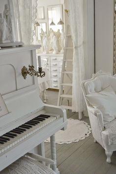 Een piano in huis klinkt als muziek in de oren - Roomed   roomed.nl