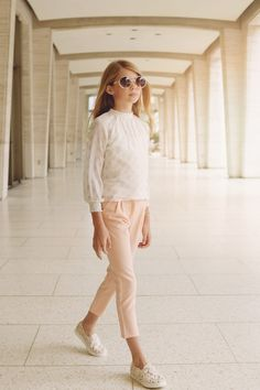 festliche Kleidung in Champagner, Bluse mit langen Ärmeln, lange Hose, Frühjahr/Sommer