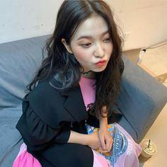 Zimzalabim out now❣️ Seulgi, South Korean Girls, Korean Girl Groups, Red Velvet, Ulzzang, Rapper, Kim Yerim, Peek A Boos, Irene