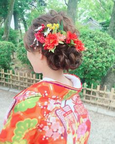 和装で一番人気!ゆるふわお花アレンジ×色打掛の華やかヘアカタログ* | marry[マリー] Japanese Site, Japanese Wedding, Japanese Hairstyle, Japanese Kimono, Bridal Hair, Wedding Hairstyles, Hair Styles, Instagram, Happy