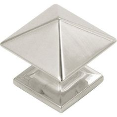 richelieu contemporary metal knob matte chrome 44 mm dia