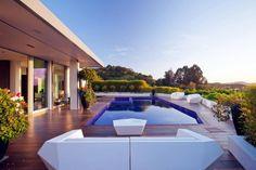modernes Einfamilienhaus-toller Blick