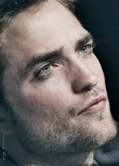 CANNES 2012 - COSMOPOLIS PC  WHAT A FACE!!!