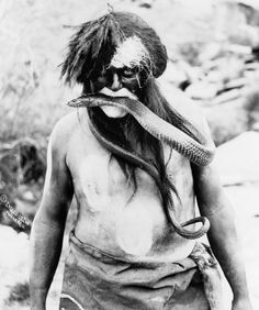 Hopi Snake Priest, 1924. ☚ I had a very hard time pinning this one.......scares the dickens right out of me!