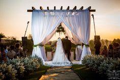 Casamento ao pôr do sol!