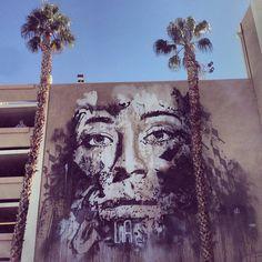 -Vhils-  *au Festival Life is Beautiful.  (Los Angeles. 2013)