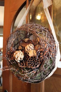 Itsy Bits and Pieces: A Visit to the Bachman's 2012 Fall Ideas House...