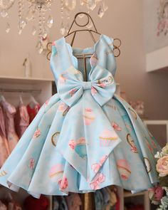 {Customary and tailored made little one robe, creates the best solution. Baby Girl Frocks, Baby Girl Party Dresses, Frocks For Girls, Little Girl Dresses, Baby Dress Design, Baby Girl Dress Patterns, Frock Design, Baby Frocks Designs, Kids Frocks Design