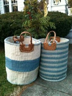 This would be great in my pool bath! ⚓Nest by Tamara: blue basket from Mecox Gardens Basket Bag, Tall Basket, Cottages By The Sea, Rope Crafts, My Pool, Storage Baskets, Laundry Baskets, Toy Storage, Sisal
