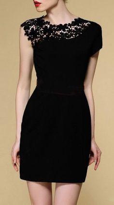 Vestido Casual Negro con detalle de encaje