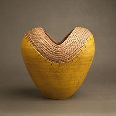 Ceramic vessel, Hannie Goldgewicht