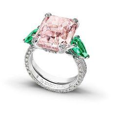 Gorgeous white gold ring featuring an outstanding 12.18 carats fancy and girly vivid pink diamond and two 1.82-carat pear cut emeralds by@degrisogono.. #purplebyanki #luxury #loveit #jewelry #jewelrydesign #jewelrydesigner #gold #jewelrydesign #finejewelry #luxurylifestyle #instagood #follow #instadaily #lovely #beautiful #dubaifashion #dubailife #mydubai #beautiful #love #jewelgoals #fashion #earrings #bracelet #pinkdiamond
